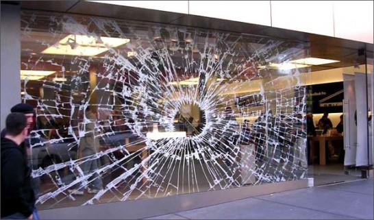 Apple Storeのウィンドウ
