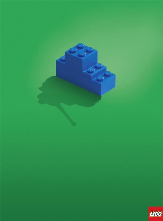 クリエイティブで訴求性の高いミニマリスデザイント広告